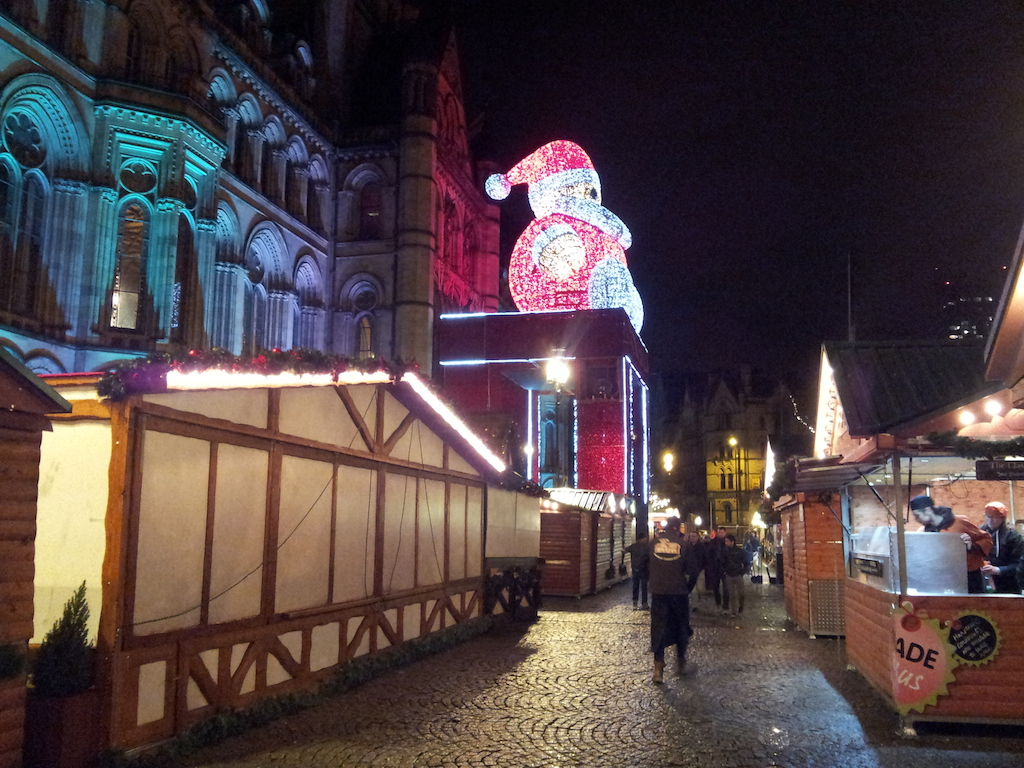 Manchester Christmas Market-Albert Square-All Over