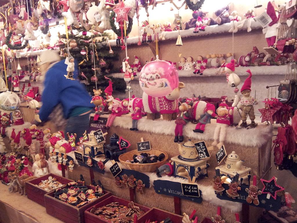ManchesterChristmasMarketAlbertSquare-Ornaments