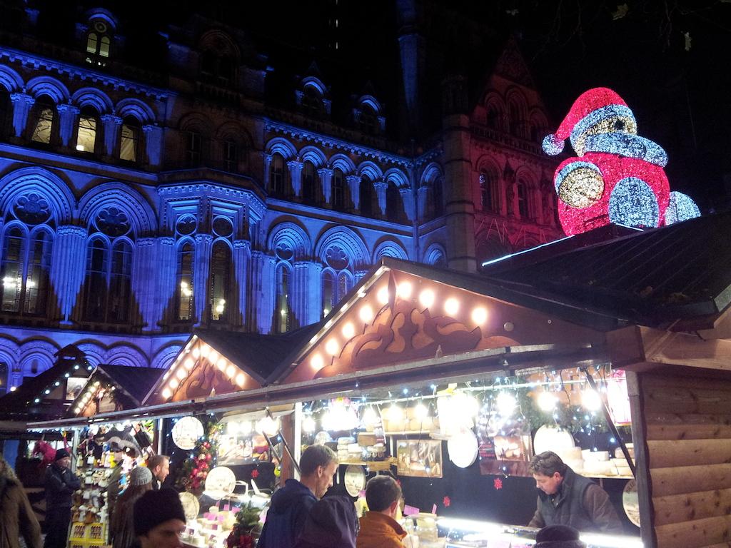 Manchester Christmas Market-Albert Square-Stall