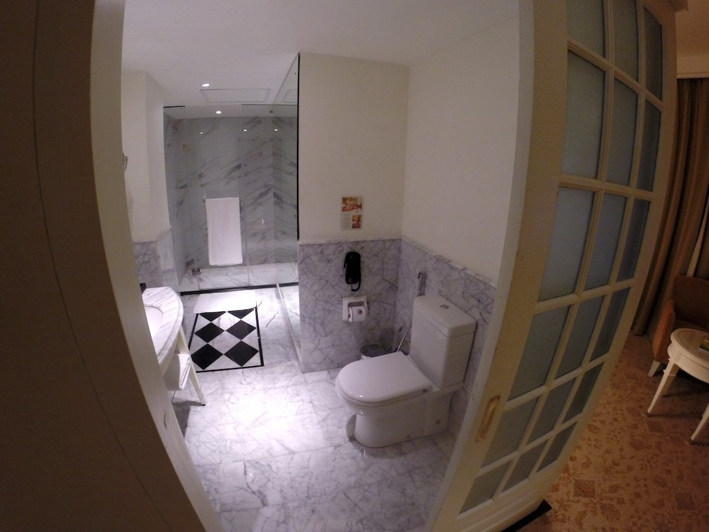 The Kingsbury, Colombo, Sri Lanka - The Bathroom
