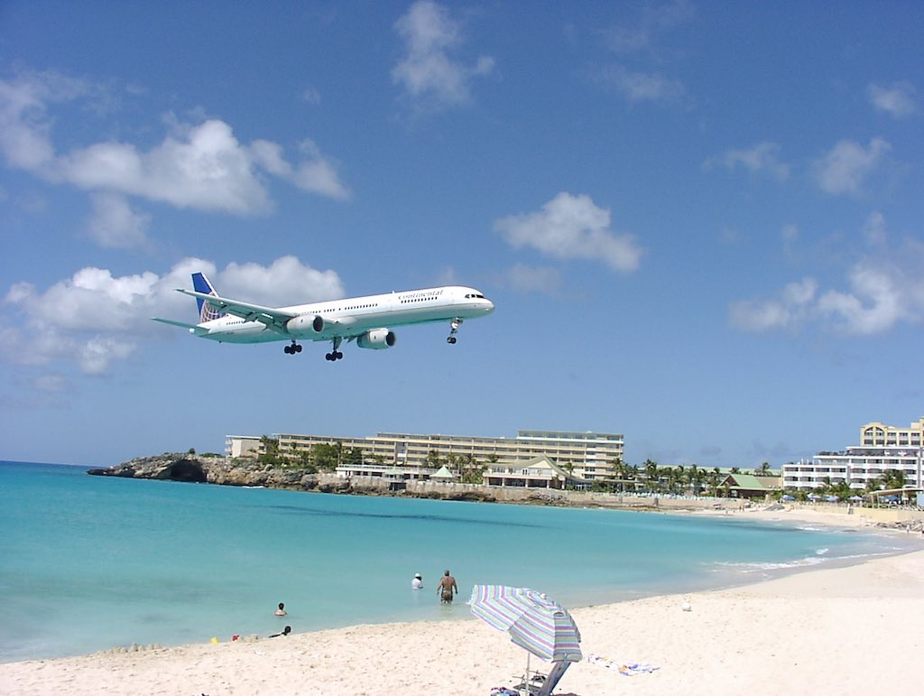 Continental Airlines Boeing 757-300 Landing in SXM