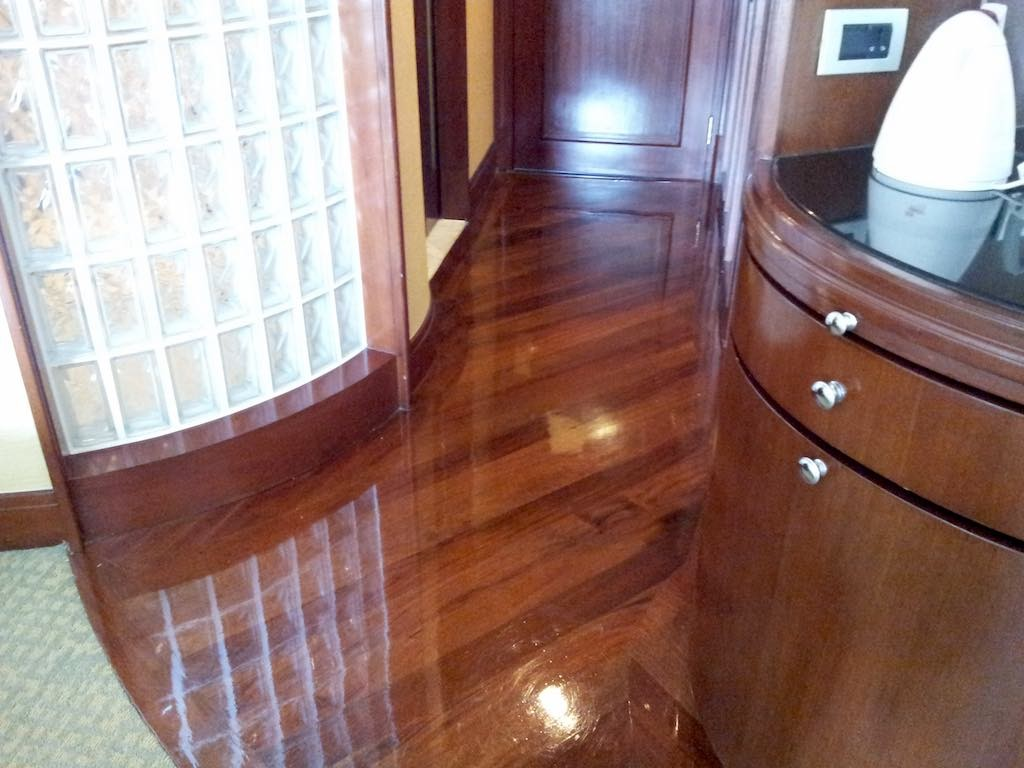 Shangri-La Bangkok Bedroom Floor