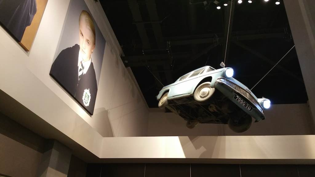 Warner Bros. Studio Tour London - The Making of Harry Potter - Blue Anglia in Lobby