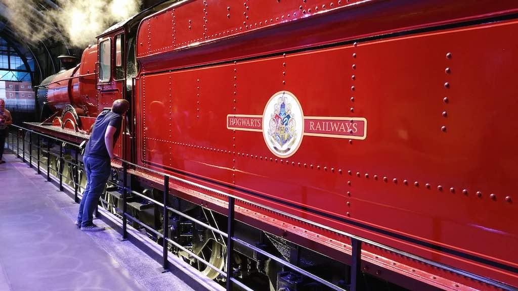 Warner Bros. Studio Tour London - The Making of Harry Potter - Hogwarts Express