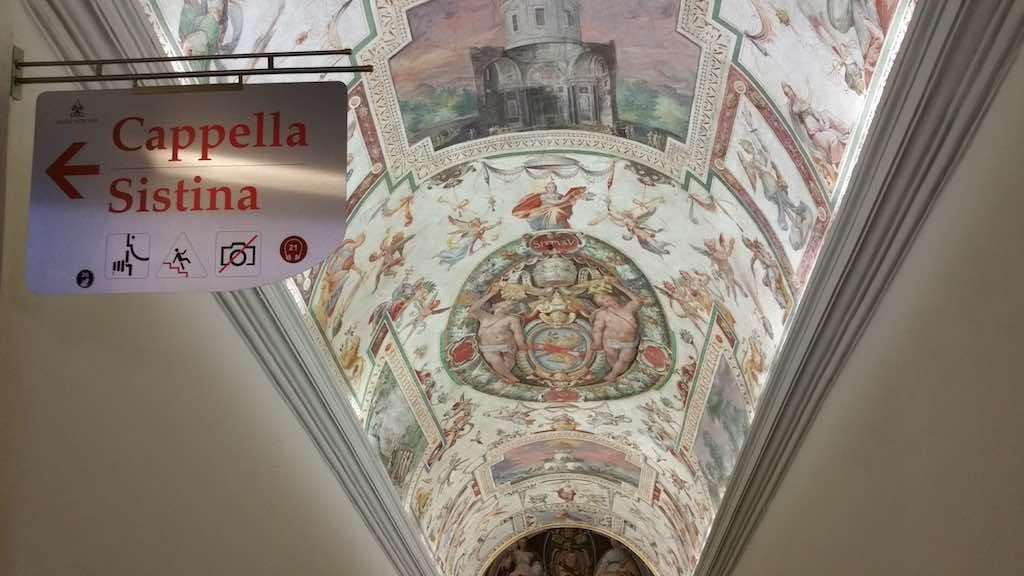 Walks of Italy Sistine Chapel Entrance