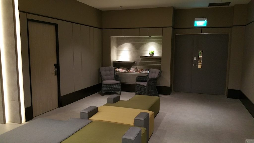 Aerotel Singapore Changi Airport Transit Hotel - Lobby Waiting Area