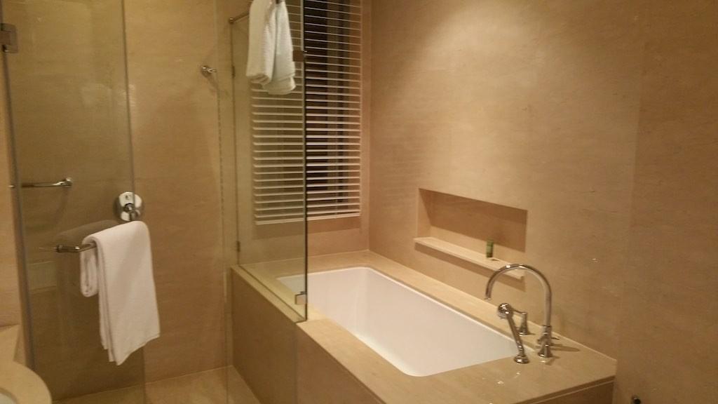 Oriental Residence Bangkok BathTub