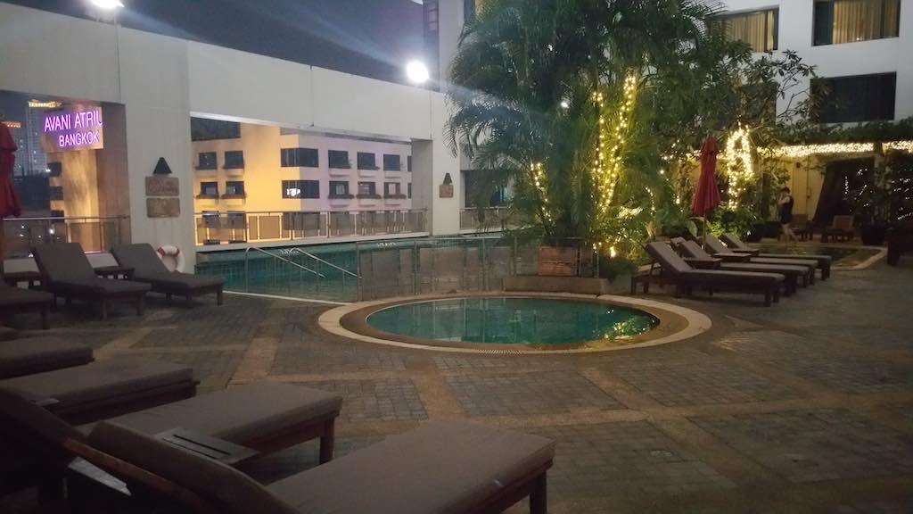 Avani ATRIUM Bangkok Pool