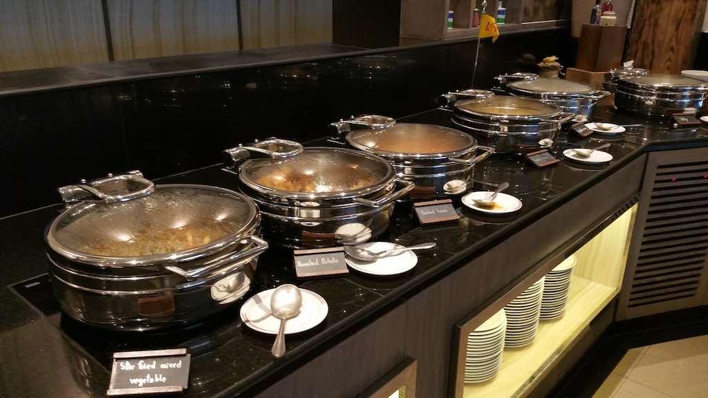 PUBLIC Restaurant Hot Food Avani ATRIUM Bangkok