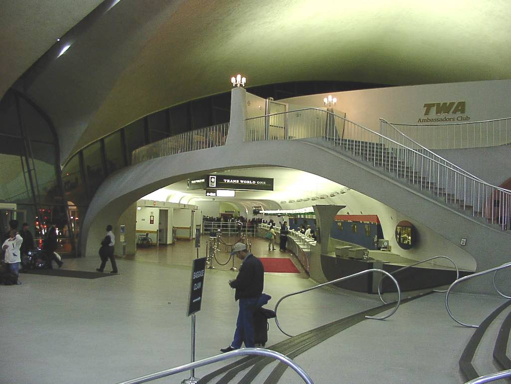 Nostalgia: TWA Terminal New York-JFK (JFK) - Terminal circa April 2001
