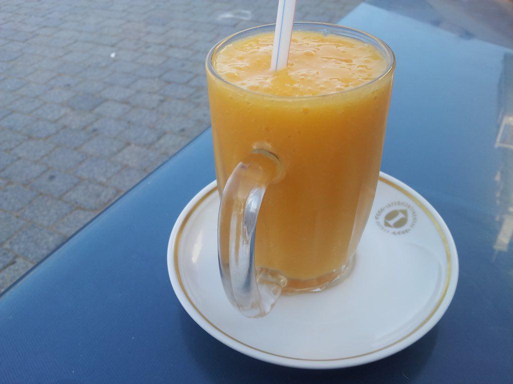 Muscat Oman Mango Juice
