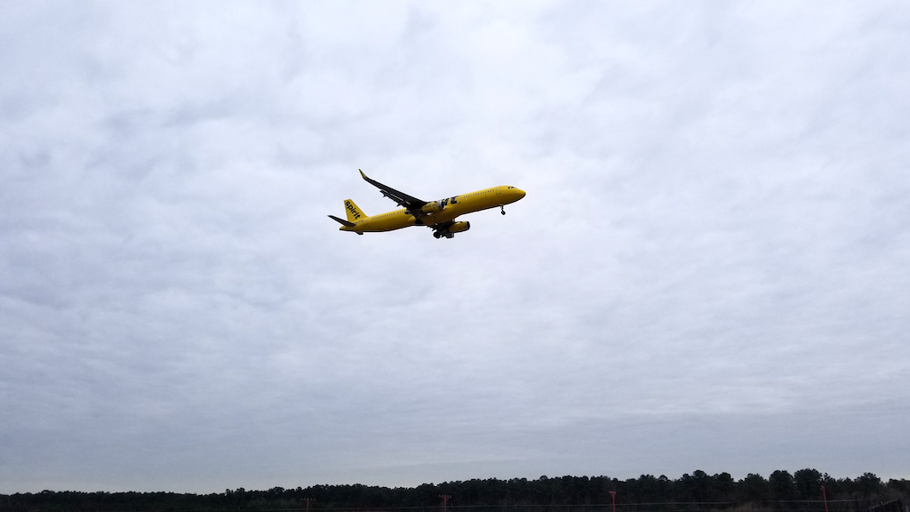 Spirit Airlines (NK) Airbus A321neo Landing at IAH on 20180118 at 13:48:39