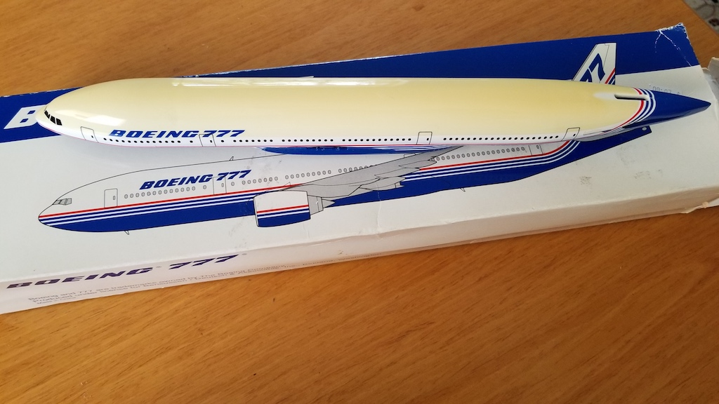 Boeing Livery Boeing 777-200 Model Airplane