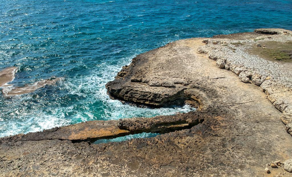 Antigua and Barbuda - Devil's Bridge National Park