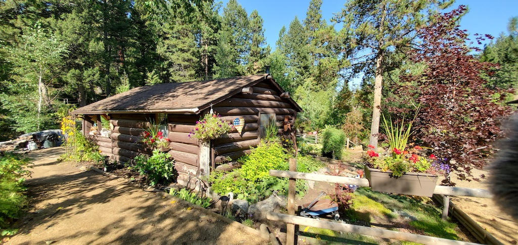 Cottage at Tizer Gardens in Jefferson City near Helena, Montana