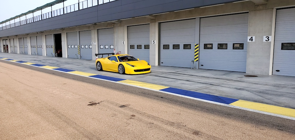 Autodromo Modena - Ferrari 458 Yellow