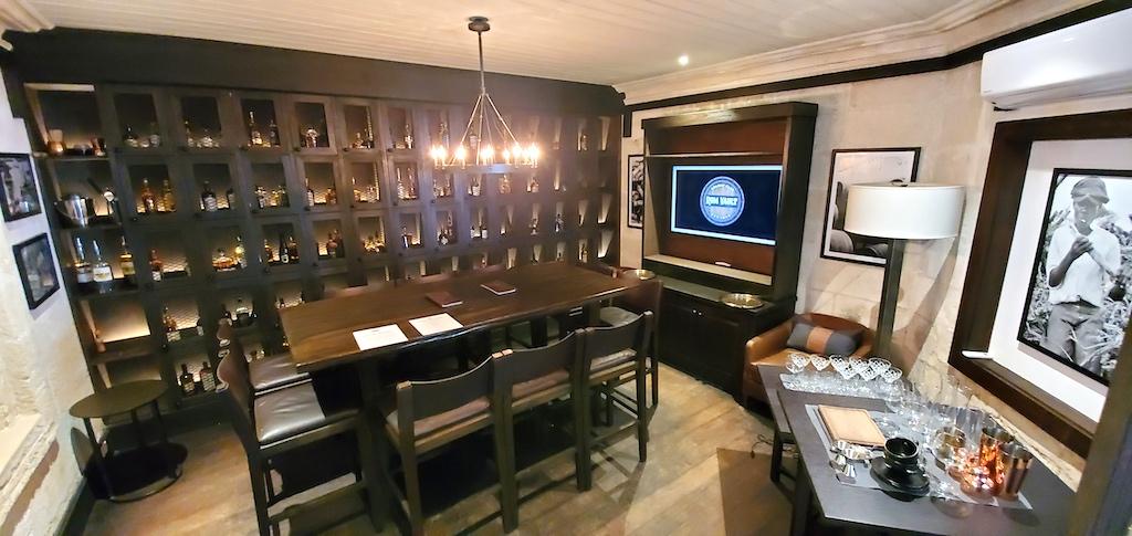 Colony Club By Elegant Hotels - Rum Vault
