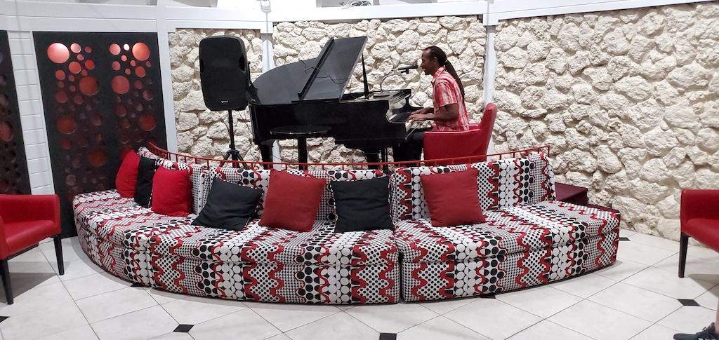 The Club Barbados Resort & Spa All Inclusive - Piano Bar