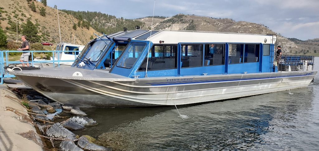 The tour boat