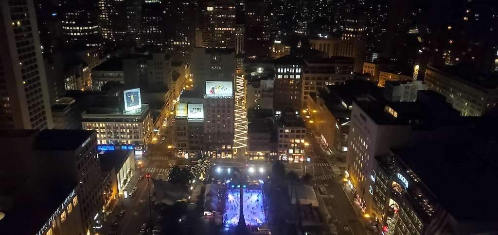 The Westin Union Square, San Francisco - View of Union Square from the elevator