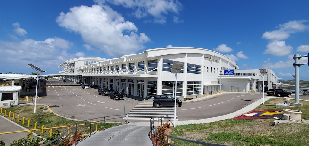 Antigua and Barbuda - VC Bird International Airport (ANU)