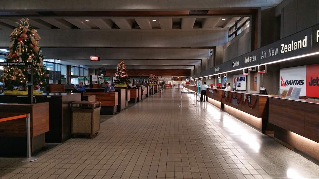 Christmas Tree - Honolulu International Airport, Air New Zealand Check- in (HNL)