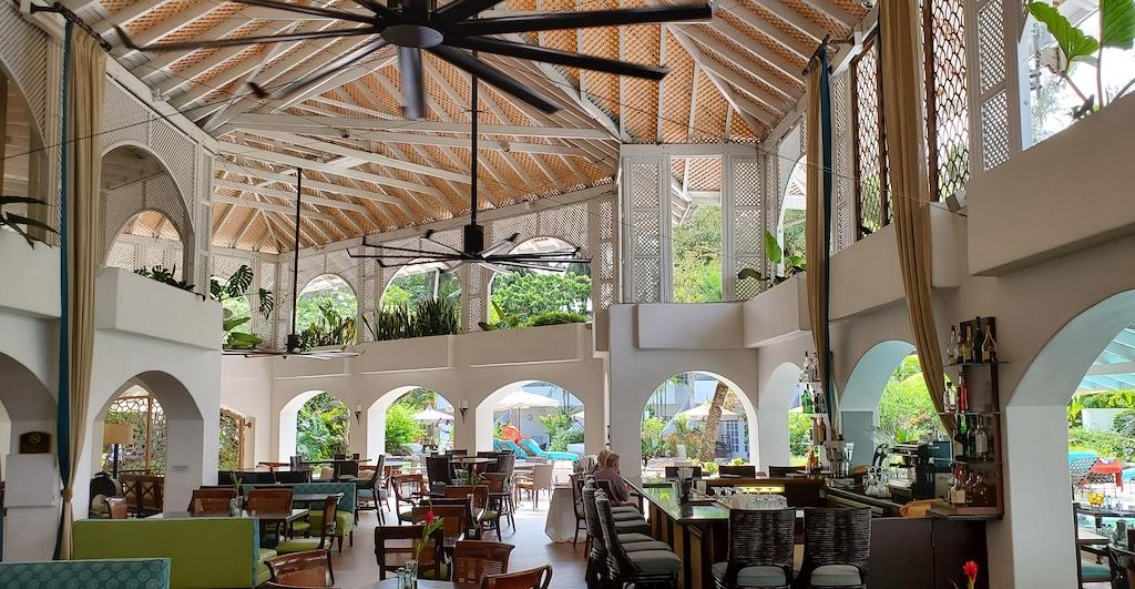 Colony Club By Elegant Hotels - Restaurant