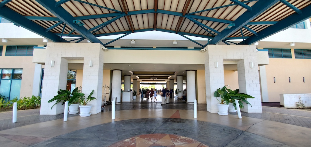 Hilton Barbados Resort - Main Entrance