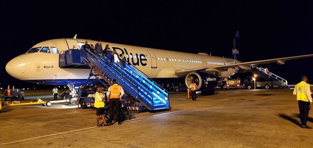 JetBlue (B6) Airbus A321 in BGI Barbados