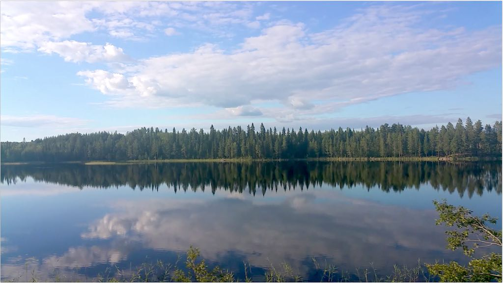 Inslandsbanan - Swedish Lake on the Inlandsbanan