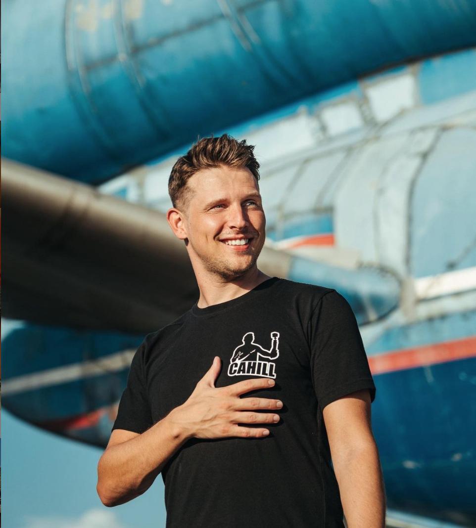 Josh Cahill, YouTube Aviation Trip Reporter
