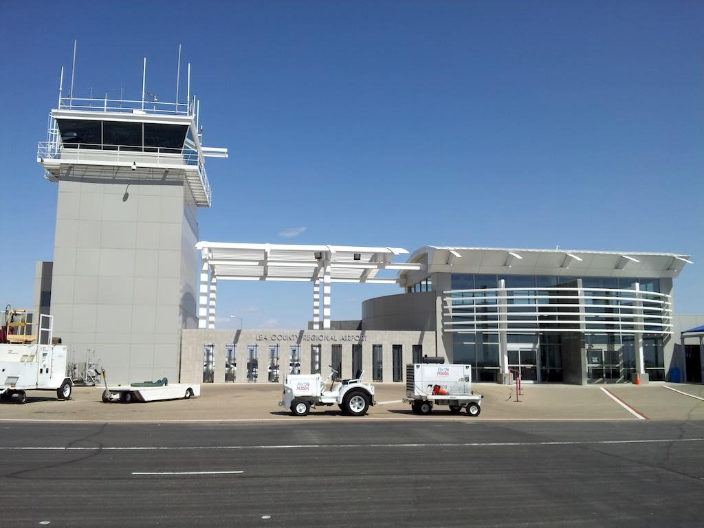 Hobbs, New Mexico USA - Airport Ramp side (HOB)
