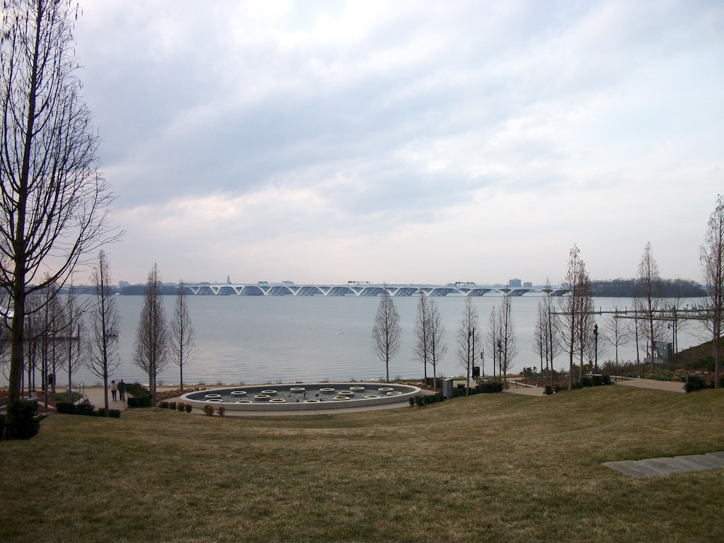 National Harbor Fort Washington, Maryland USA - Woodrow Wilson Bridge